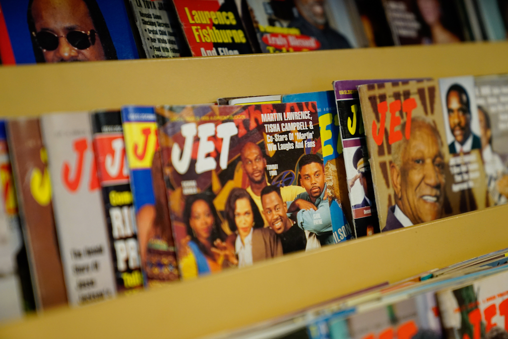 Magazines at LEMS