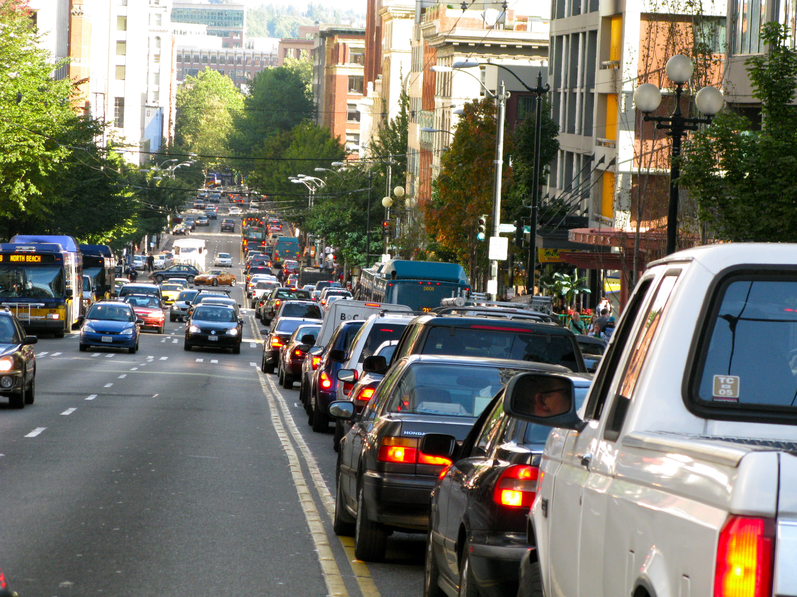 characteristics of transportation problem