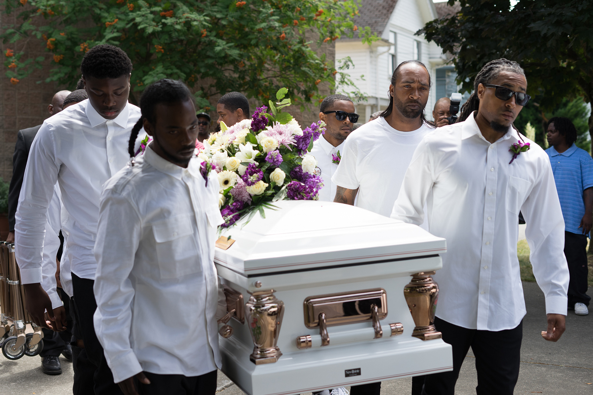Charleena Lyles Laid To Rest But Family Wont Stop Fighting For