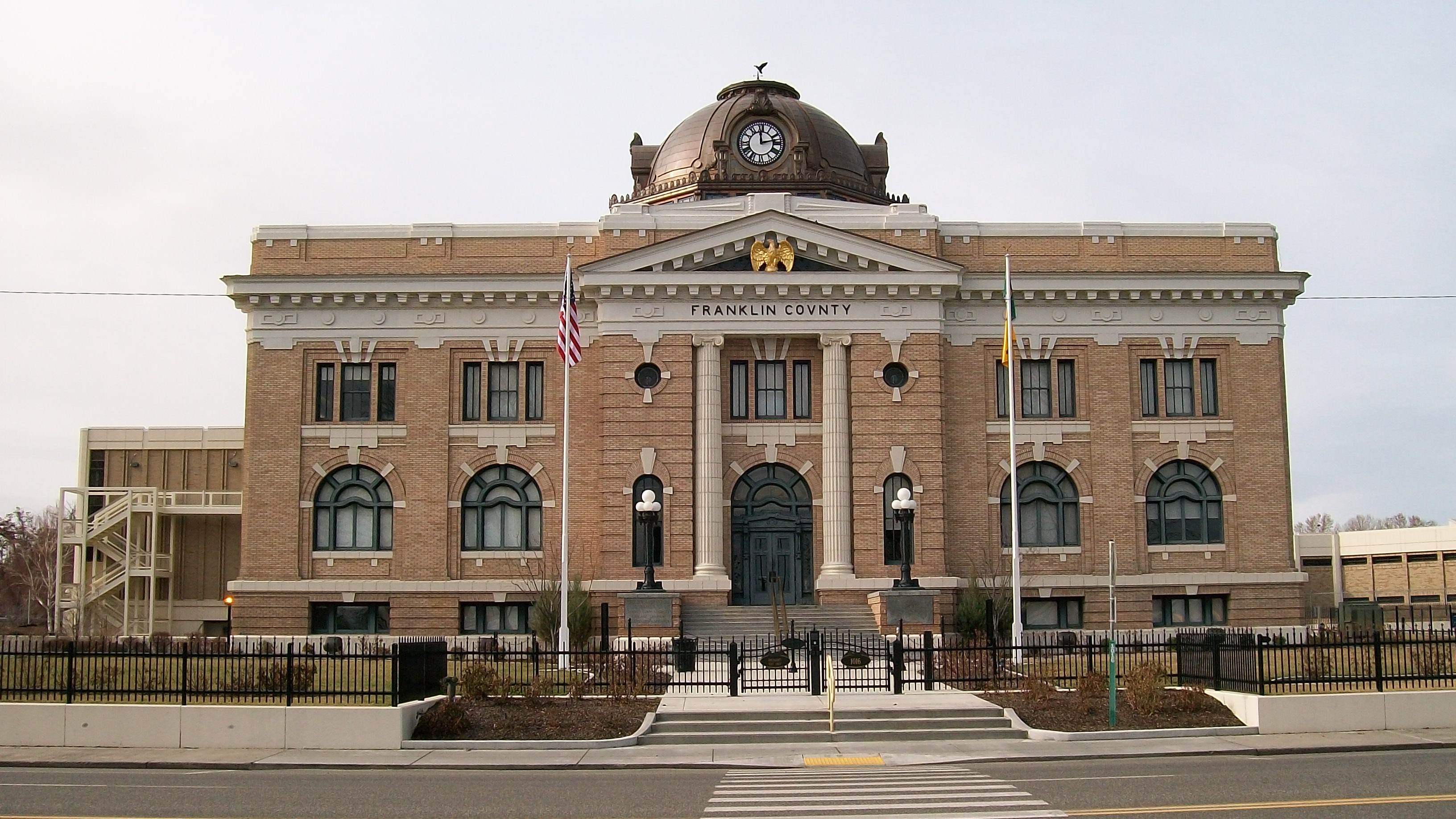 Franklin_County_Courthouse_in_Pasco.jpg