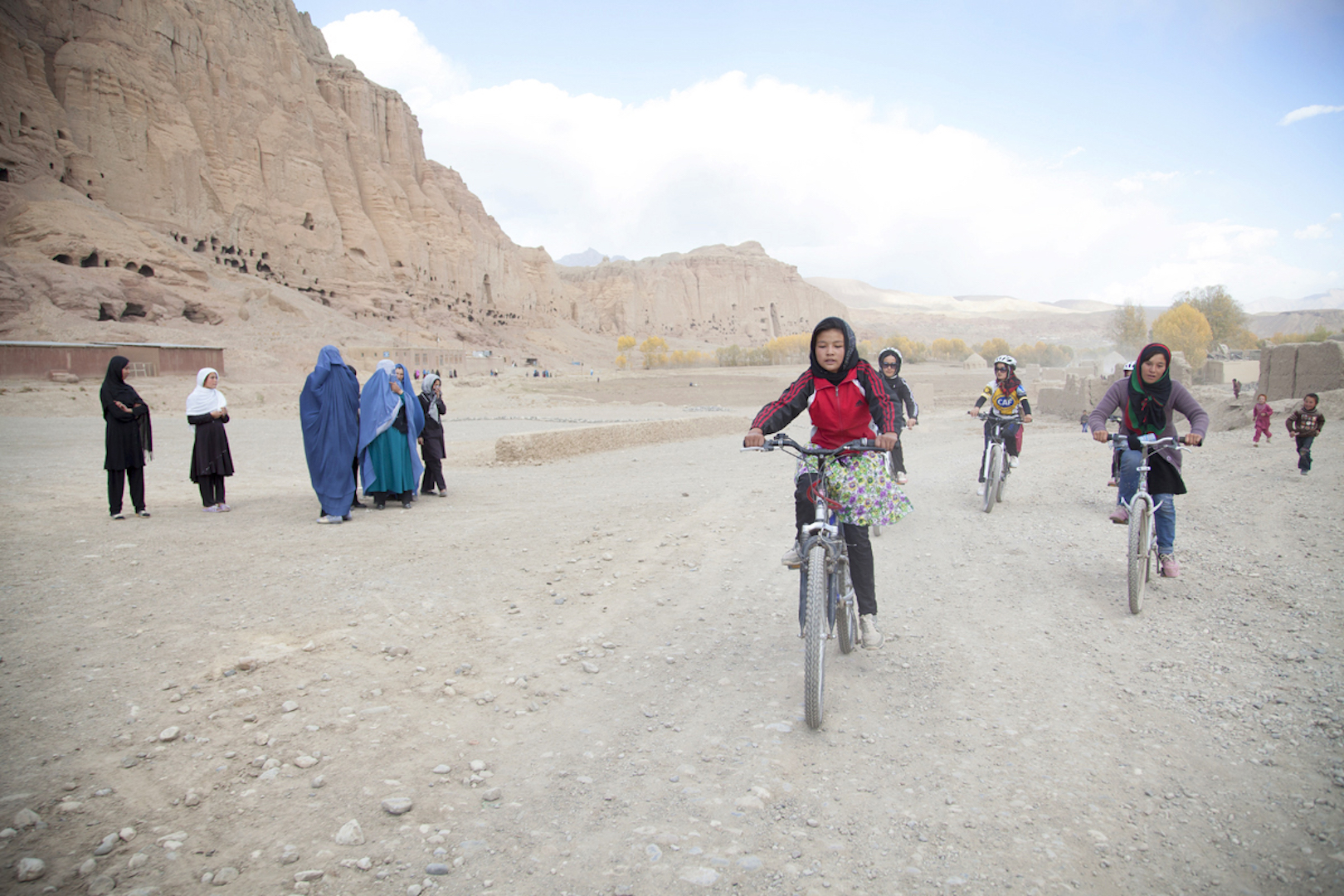 young cyclists in Afghanistan