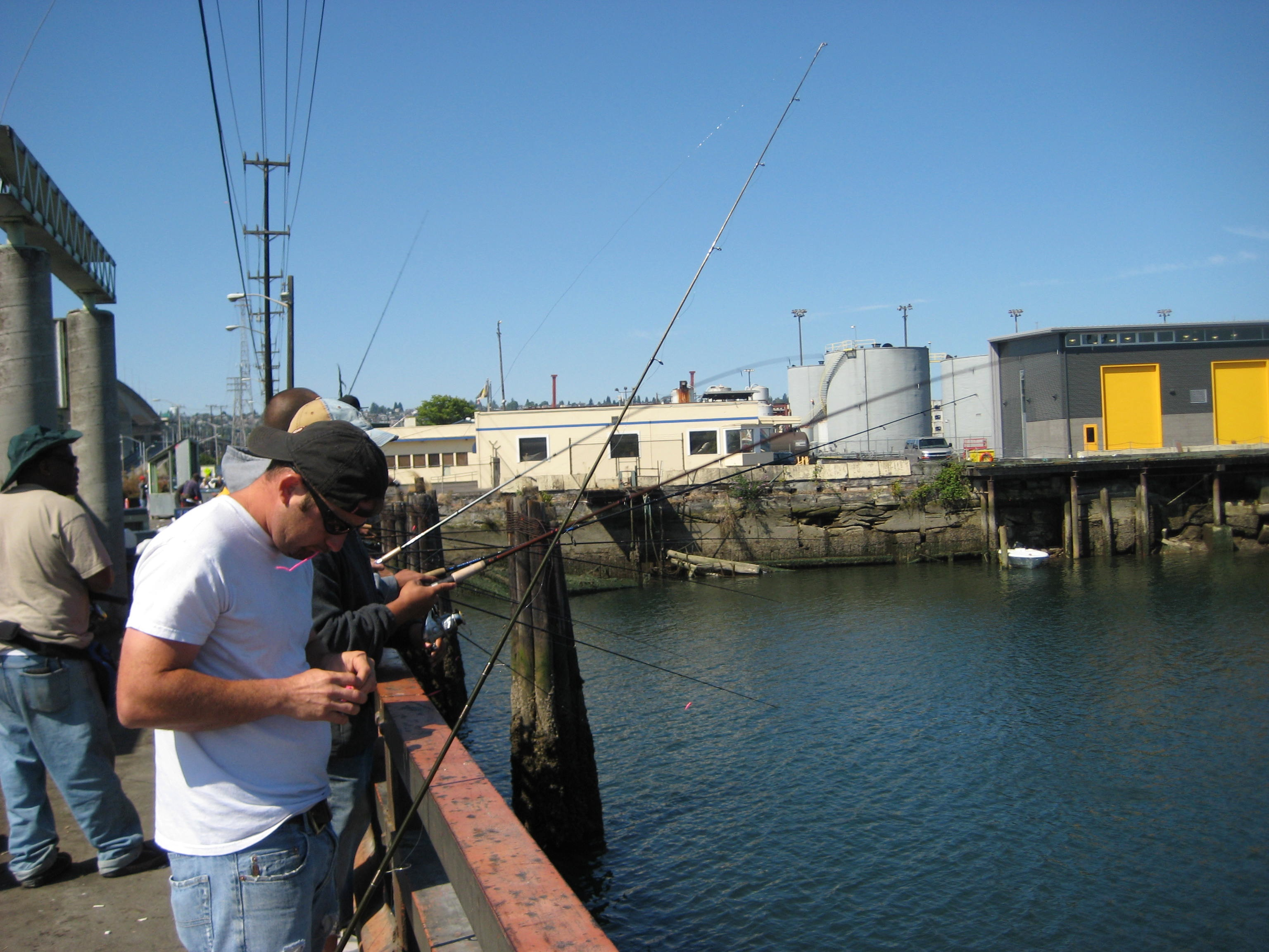 duwamish_fishing_fish.jpg