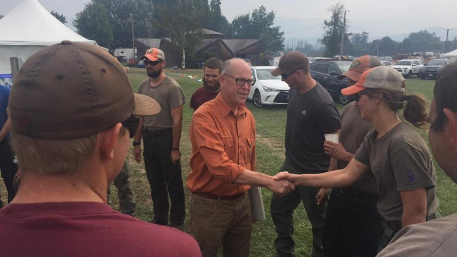 U.S. Rep. Greg Walden of Oregon meeting with firefighters during the Eagle Creek Fire in 2017. Office of Rep. Greg Walden