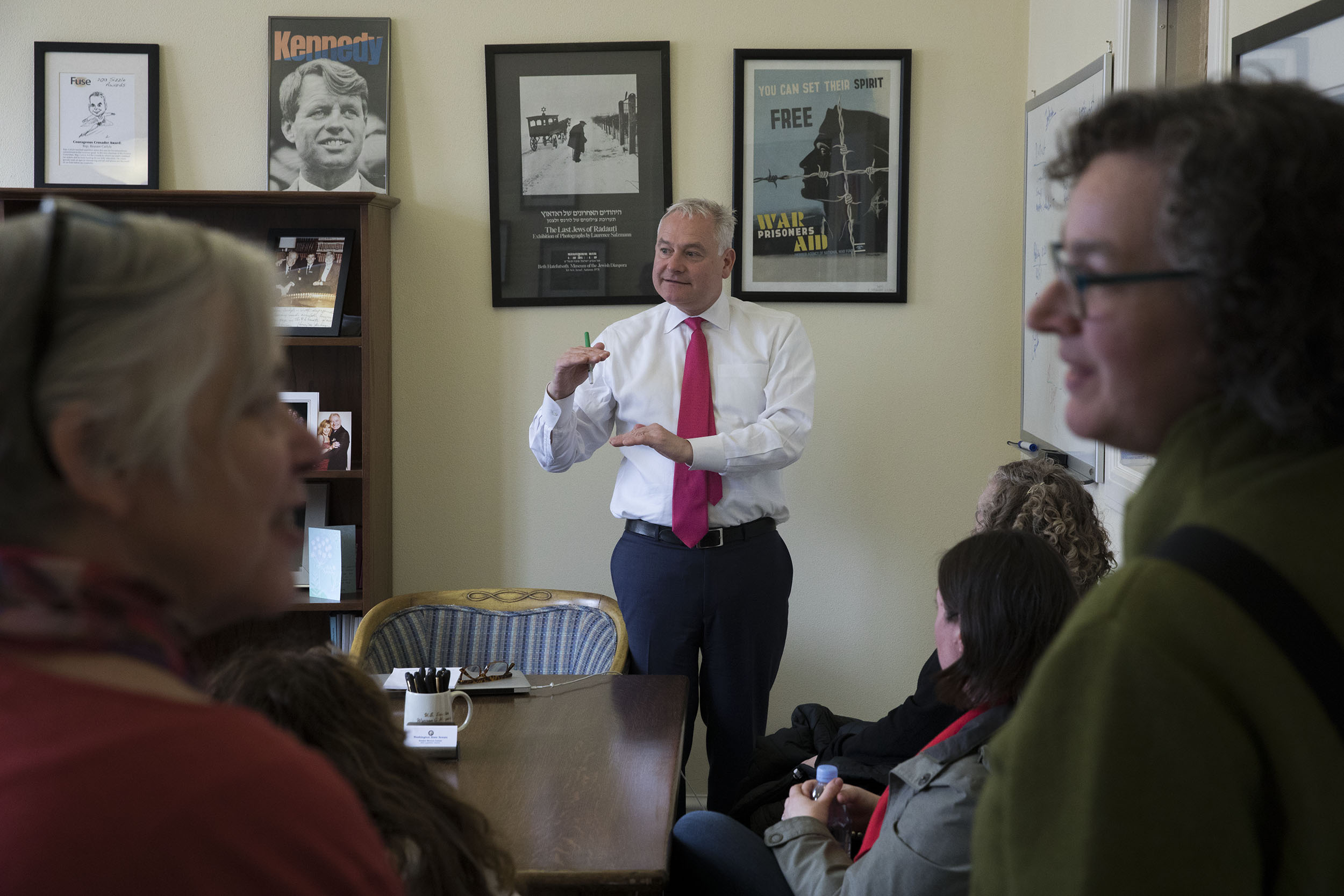 Sen. Reuven Carlyle  speaks with Seattle Public Schools librarians in Olympia, April 2, 2019. (Photo by Matt M. McKnight/Crosscut)