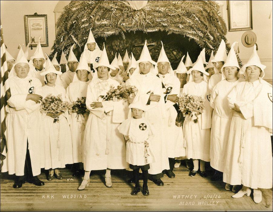 Anonymous a postat online o lista cu presupusi membri Ku Klux Klan - International - alegopen.ro