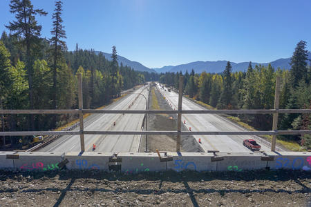 cascade mountains and highway