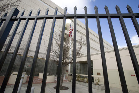 More immigrants report arrests at WA courthouses, despite