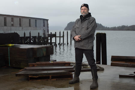 Amid rapid change, blue-collar Astoria pauses for poetry