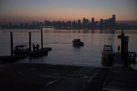 Seattle skyline at dawn