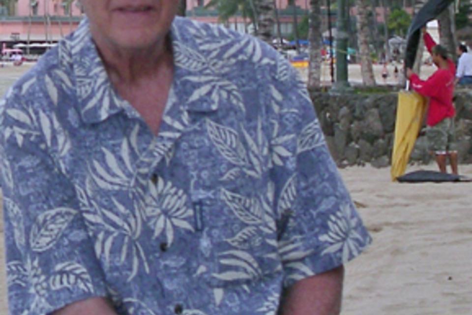 c8646843 Aloha shirts: 75 years of style, spirit | Crosscut
