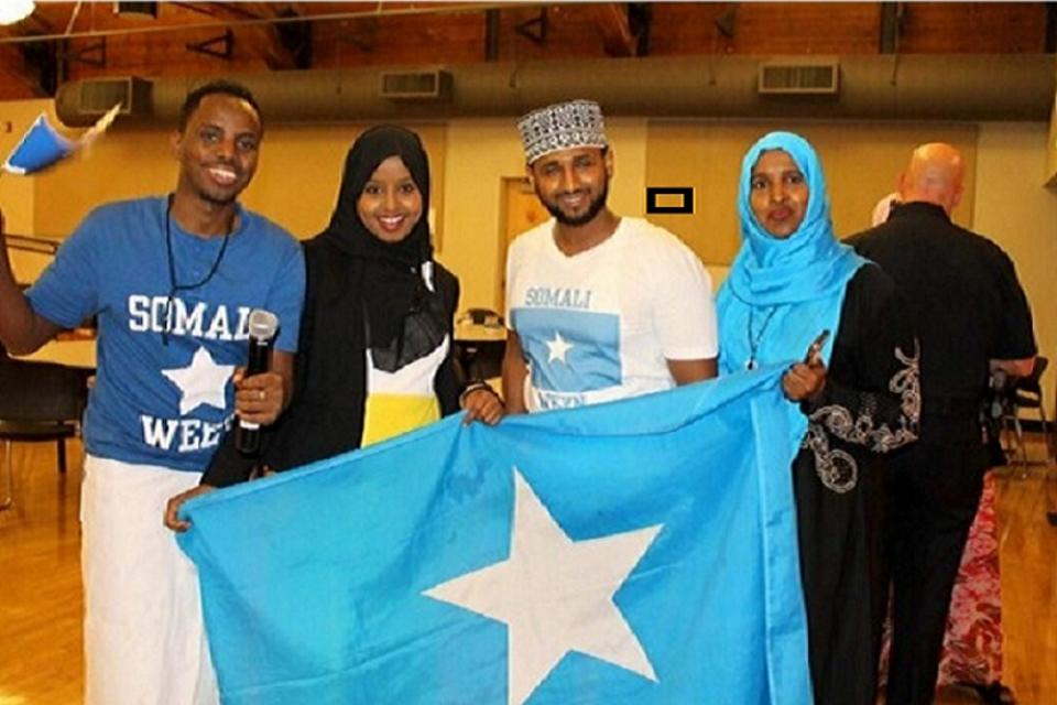 Somalis in Seattle unite, salute their top cop and