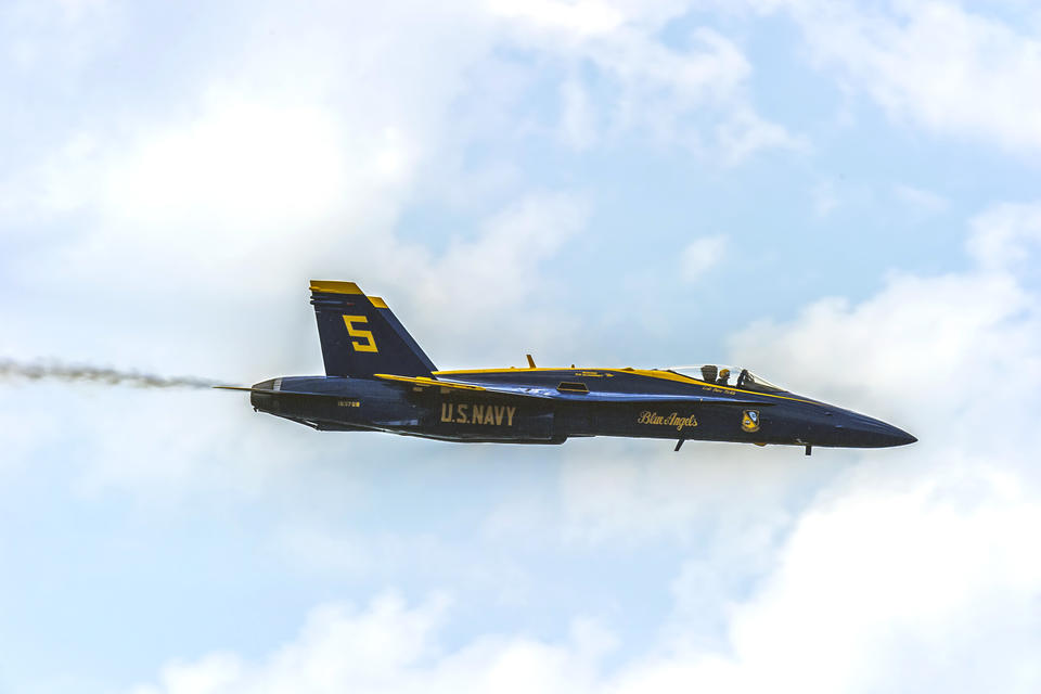 blue angels fight jet in the sky
