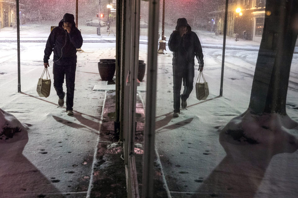 Waiting To Shovel Snow Until It Stops >> Seattle Gets An F On Snow Shoveling Crosscut